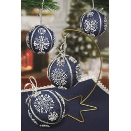 Zählmuster - Weihnachtskugeln mit Schneeflocken
