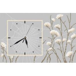 Zahlmuster online - Uhr mit Spinnennetz