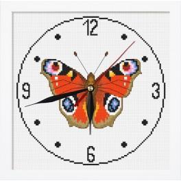Stickpackung mit Stickgarn, Uhrwerk und Rahmen - Urh mit Schmetterling