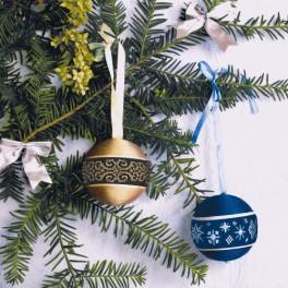 Stickpackung mit Perlen - Weihnachtskugeln