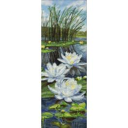 Stickpackung mit Stickgarn und Hintergrund - Weiße Lilien