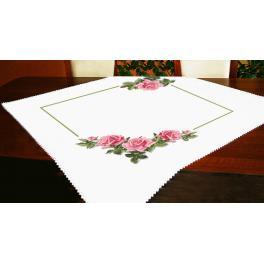 Stickpackung - Tischdecke mit Rosen 3D