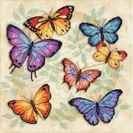 Stickpackung mit Stickgarn und Hintergrund - Überfluss der Schmetterlinge - Kreuzstich