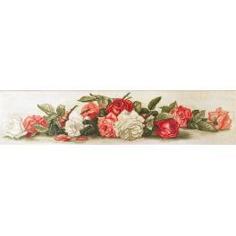 Stickpackung mit Stickgarn und Hintergrund - Schöne Rosen im Retro-Stil