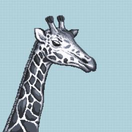 Z 10657 Stickpackung - Schwarzweiße Giraffe