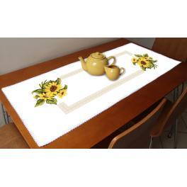 ZU 10451 Stickpackung - Tischläufer mit Sonnenblumen
