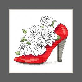 ZU 10327-01 Stickpackung - Karte - Schuh voller Rosen